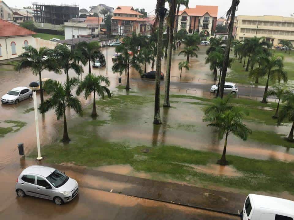 Inondation de la place des Palmiste