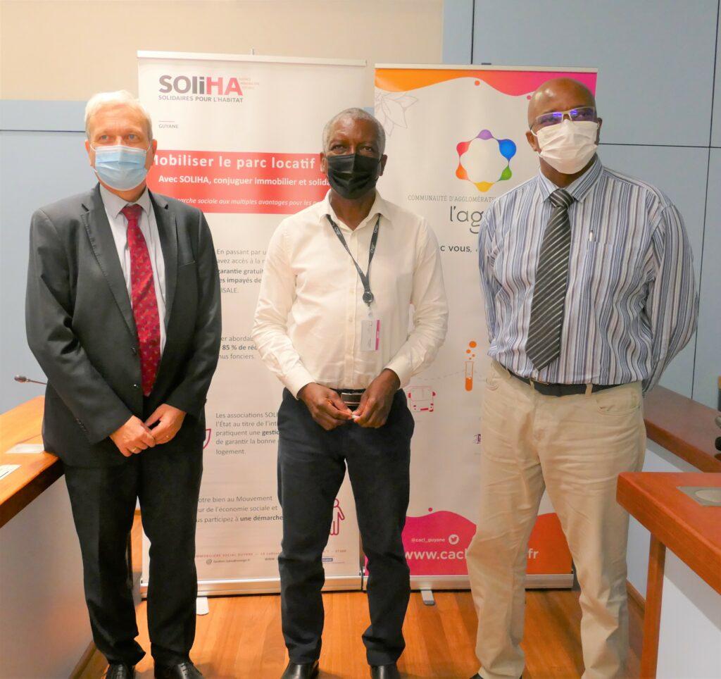 Serge SMOCK, Président de la CACL, Didier DUPORT, Directeur Général de la Cohésion et des Populations (DGCOPOP) et Richard TALBOT, Président de la fédération Solidaires pour l'Habitat (SOLIHA)